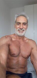 Проф. Юлиан Карабиберов на 65 год.